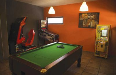 Aluna Vacances Games Room