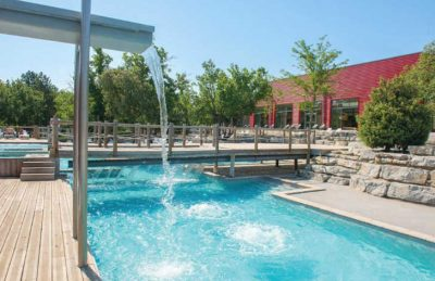 Aluna Vacances Pool Facilities