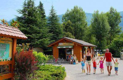Campeole La Nubliere Shop