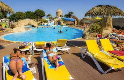 Camping Acapulco Pool Loungers
