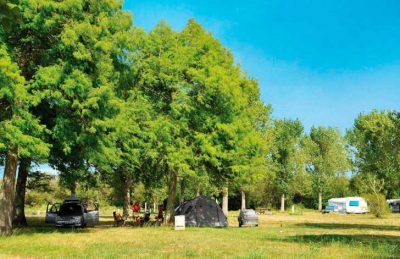 Camping Aurilandes Campsite Pitch