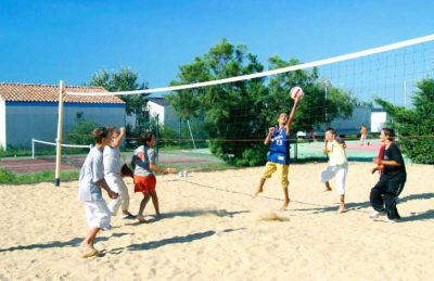 Camping Crin Blanc Volleyball