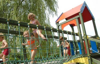 Camping de l'Etang de Fouche Playground
