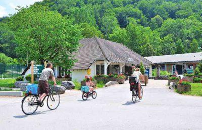 Camping Domaine de Chalain Cycling
