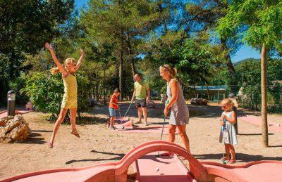 Camping Domaine de la Sainte Baume Golf