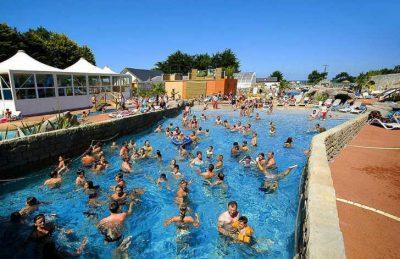 Camping Domaine de Leveno Campsite Pool