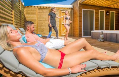 Camping Le Neptune Sunbathing