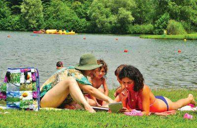 Camping Le Val de Bonnal Relaxing Lake