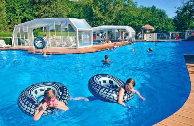 Camping les Fontaines Pool Rubber Rings