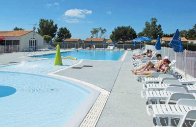 Camping Les Ilates Pool Loungers