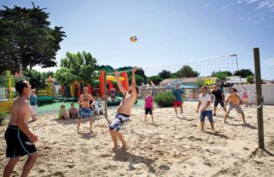 Camping les Peupliers Volleyball
