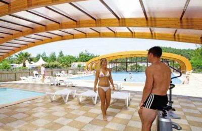 Camping les Vignes Covered Pool