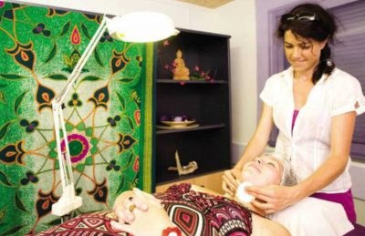 Camping les Vignes Massage Therapy