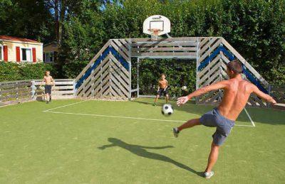 Campsite le Moulin Sports Court