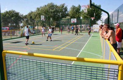 Campsite le Village Corsaire des Deux Plages Football