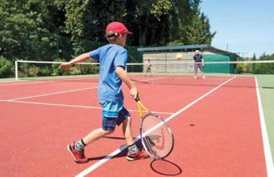 Domaine de Drancourt Tennis Court