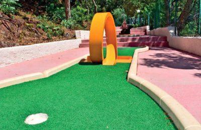 Esterel Caravanning Crazy Mini Golf Hoop