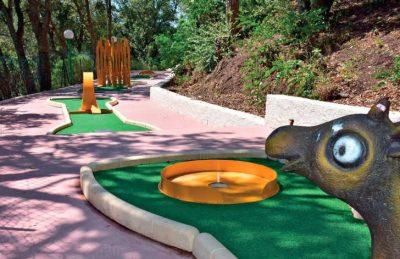 Esterel Caravanning Crazy Mini Golf