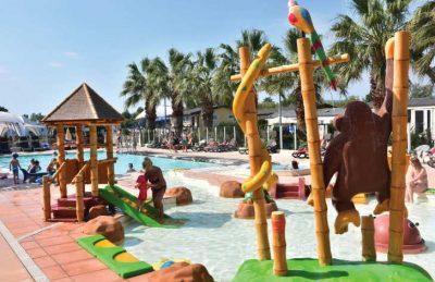 Holiday Marina Family Pool