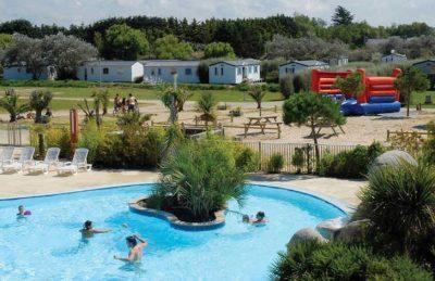 La Baie du Kernic Swimming Pool Complex