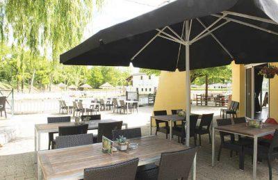 La Bastide en Ardeche Restaurant Outdoor Dining