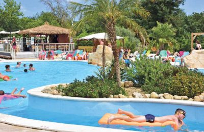La Chapelle Pool Fun