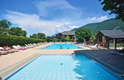 La Ferme de la Serraz Swimming Pool Complex