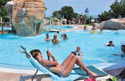 Le Bois de Valmarie Swimming Pool Loungers