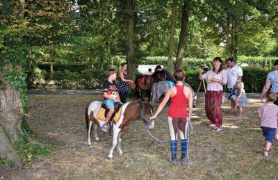 Le Chateau des Marais Pony Rides