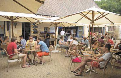 Le Paradis Bar Area