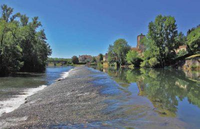 Le Pontet Campsite River
