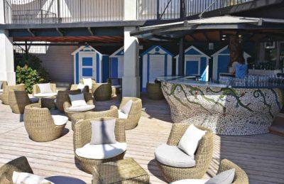 Le Soleil Outdoor Bar Area