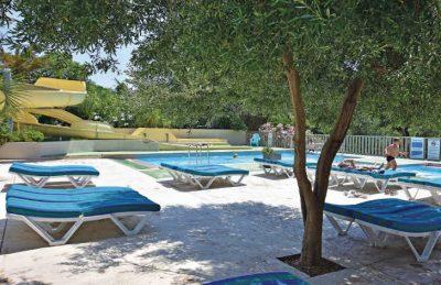 Les Criques de Porteils Swimming Pool Loungers