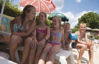 Les Grottes de Roffy Pool Children's Fun