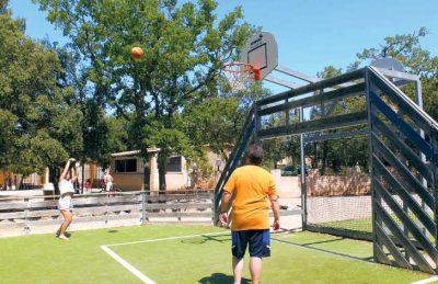 Les Lacs du Verdon Sports Court
