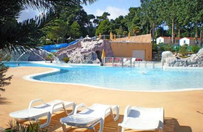 Yelloh Village les Pins Pitch Only Pool Area