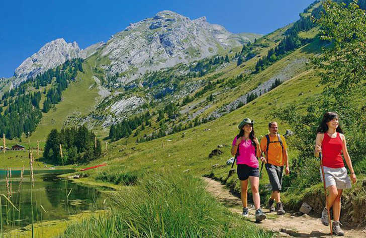 Campeole La Nubliere Alpine Walking