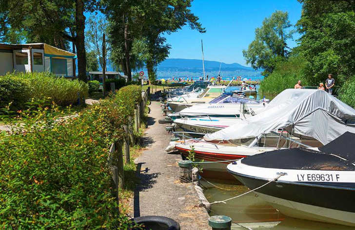 Campeole la Pinede Pitch Only Lake Annecy Marina