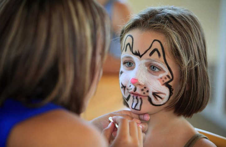 Camping de l'Etang de Fouche Pitch Only Face Painting
