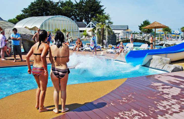Camping Domaine de Leveno Pool Waterslides