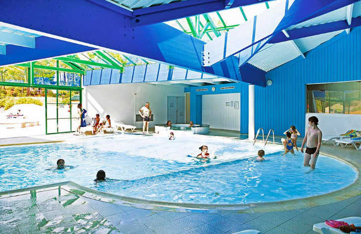 Camping Domaine des Pins Indoor Swimming Pool