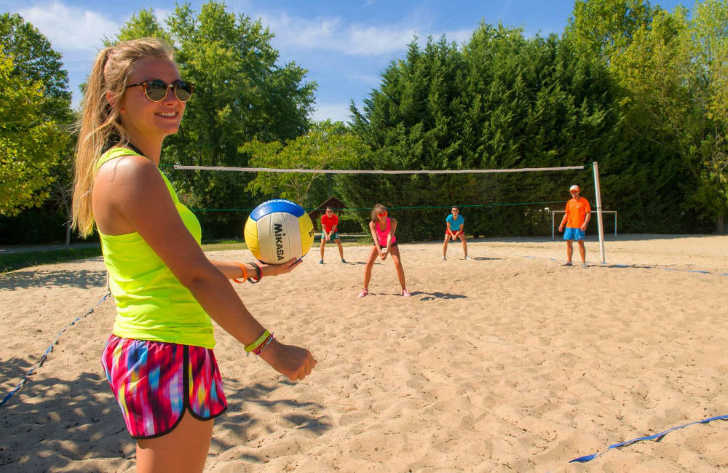 Camping Domaine d'Eurolac Beach Volleyball