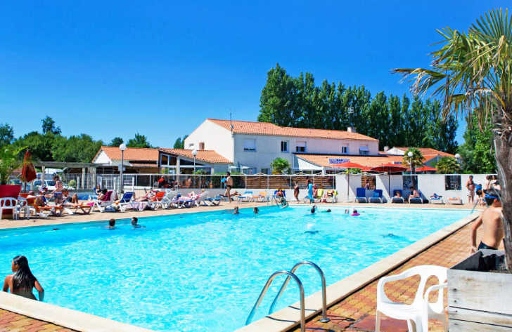 Camping du Jard Swimming Pool
