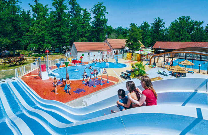 Camping Grande Tortue Pool Slides