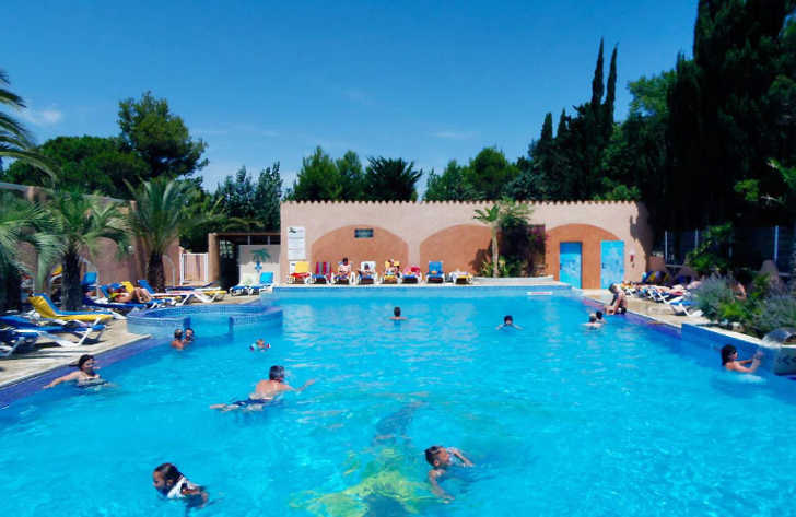Camping La Croix du Sud Swimming Pool