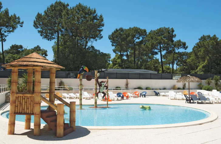 Camping La Yole Family Swimming Pool