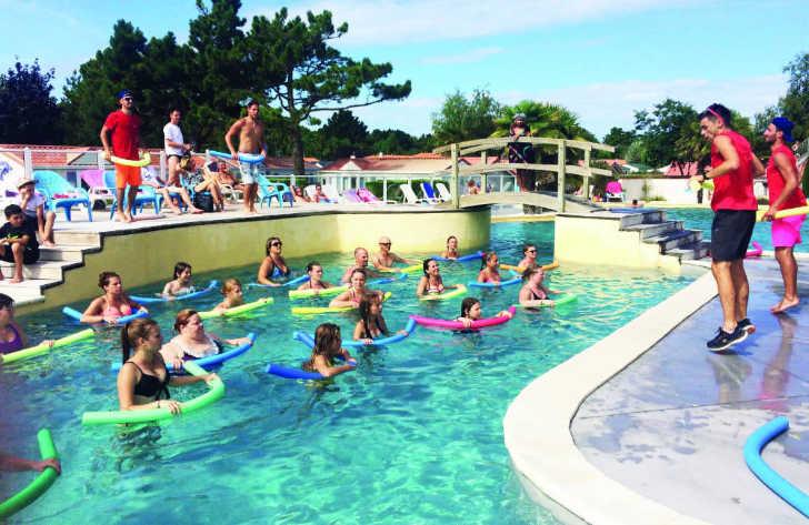 Camping l'Abri des Pins Pool Fitness