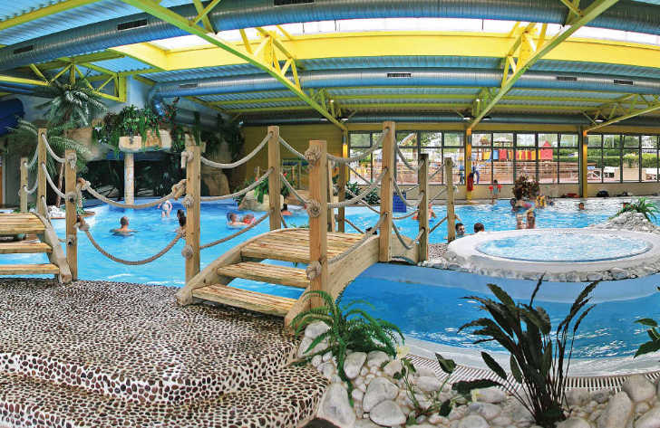 Camping le Bel Air Swimming Pool Complex