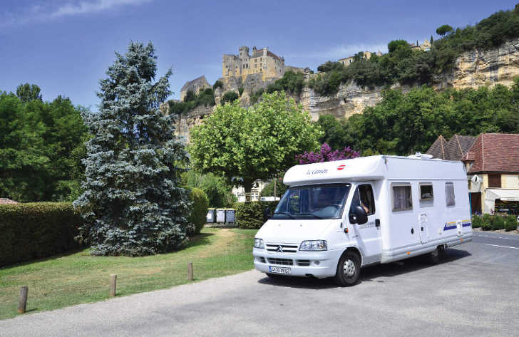 Camping le Capeyrou Motorhome