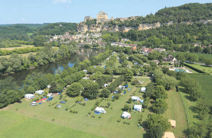 Camping le Capeyrou Overview
